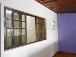 Casa 03 comôdos a locação em Mauá SP R$ 660,00 Anunciante Gil - 11 95806 6272 - 11 971387520
