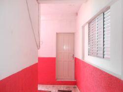 Casa 3 comodos a locação em Mauá SP R$ 700,00 Anunciante Gil - 11 95806 6272 - 11 97138752