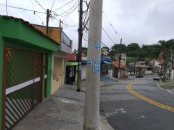 Casa 2 cômodos com garagem a locação em Mauá SP R$ 600,00 Anunciante Gil - 11 95806 6272 - 11 97138752