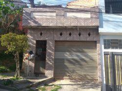 Imóvel com ponto comerciale mais duascasas de três cômodos cadaa venda em Mauá SP. Bairro Maria Aparecida - Anunciante Gil - 11 95806 6272 - 11 971387520